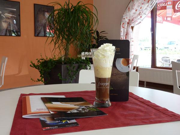 Kavárna - Káva, laté
